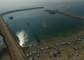 پروژه ساخت موج شکنهای چند منظوره در سواحل و جزایر جنوب کشور